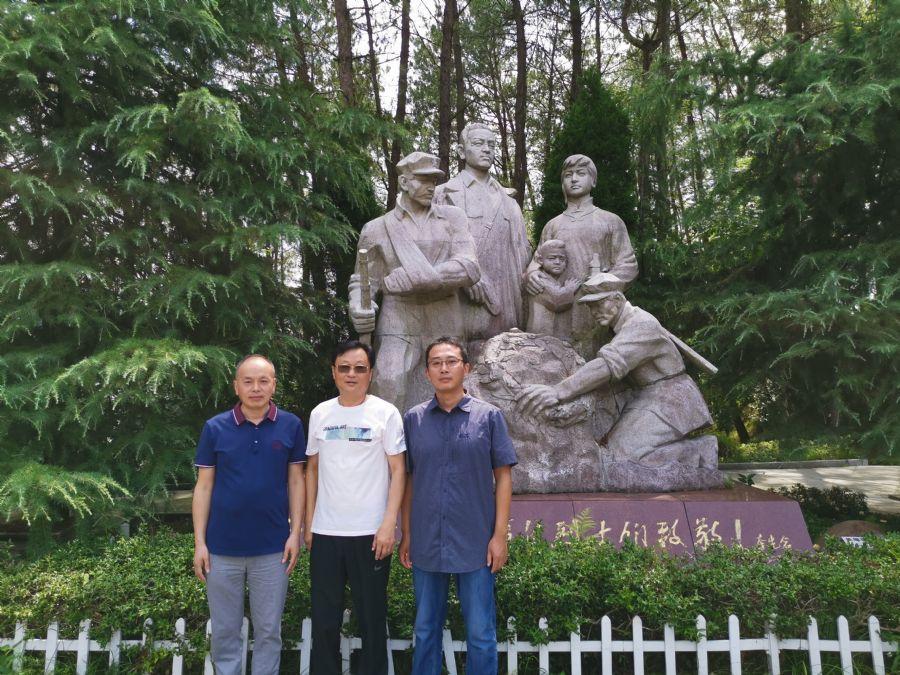 民盟迎江总支积极参加迎江区统战部组织的赴岳西开展红色主题教育活动