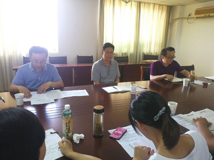 杨林主委为小教支部特色创建鼓劲、支招、明方向
