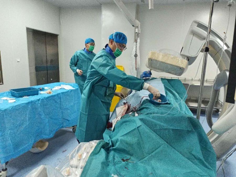 盟员陈海燕在西藏山南医院成功抢救心肌梗死患者